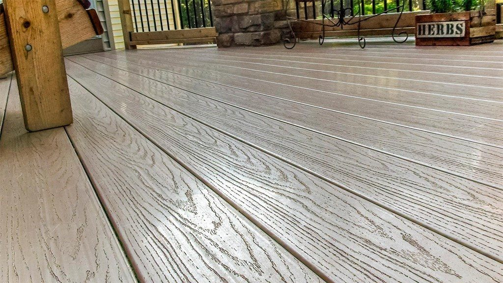 Composite Decking Reviews: What's the Best Composite Decking